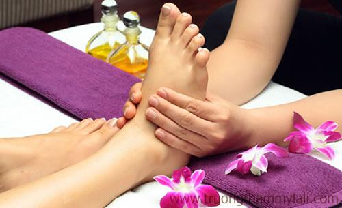 Khóa đào tạo dạy học foot massage chăm sóc da chân