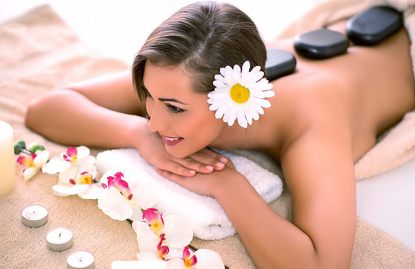 khoa hoc cham soc da co the massage body